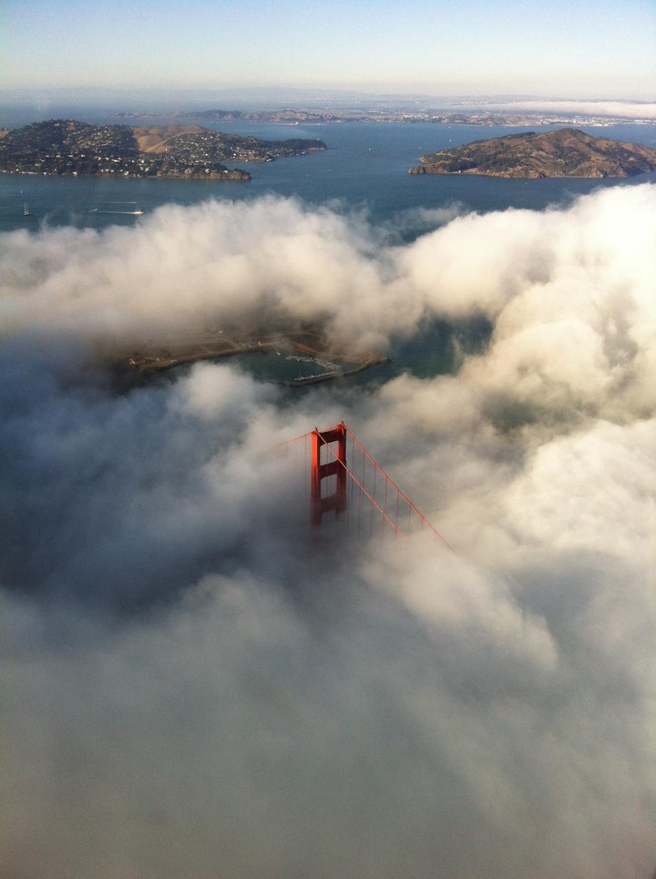 Golden Gate Bridge tip