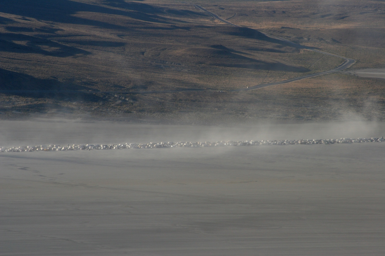 cars queuing for Burning Man