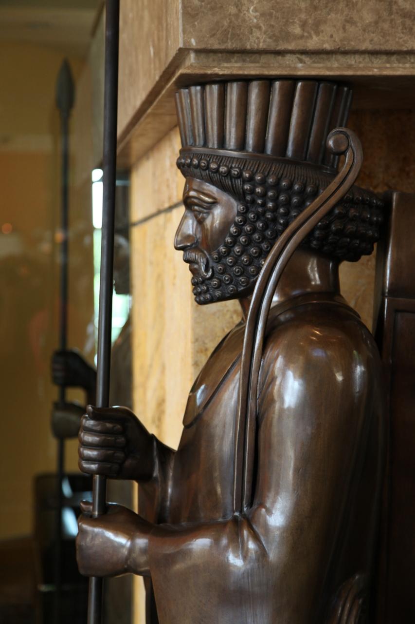 statue at Darioush
