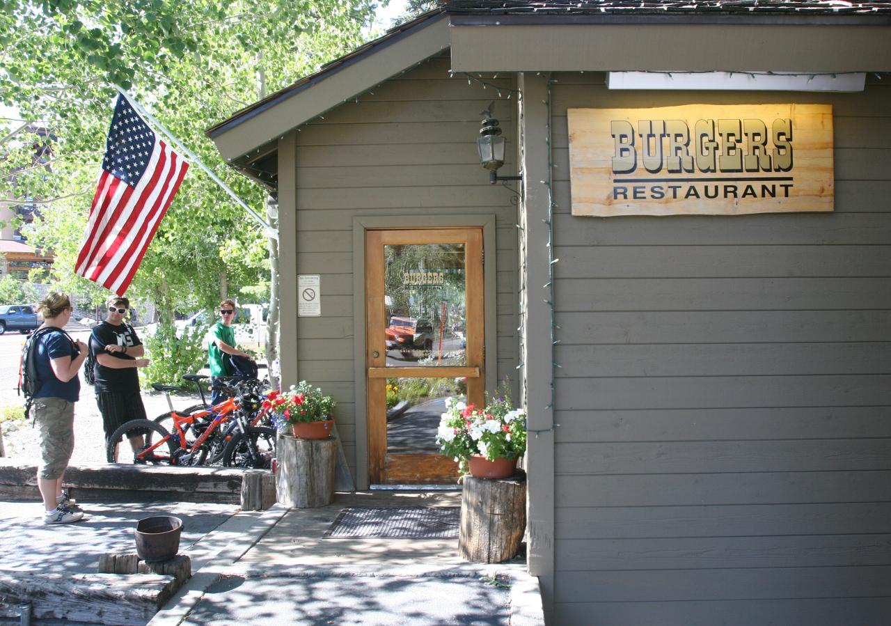 Burgers in Mammoth